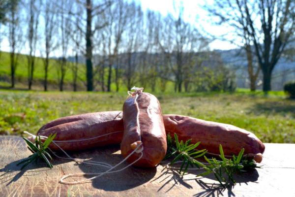 cotechino con sfondo alberato - Agrisalumeria del Bosco - salumi Piemonte
